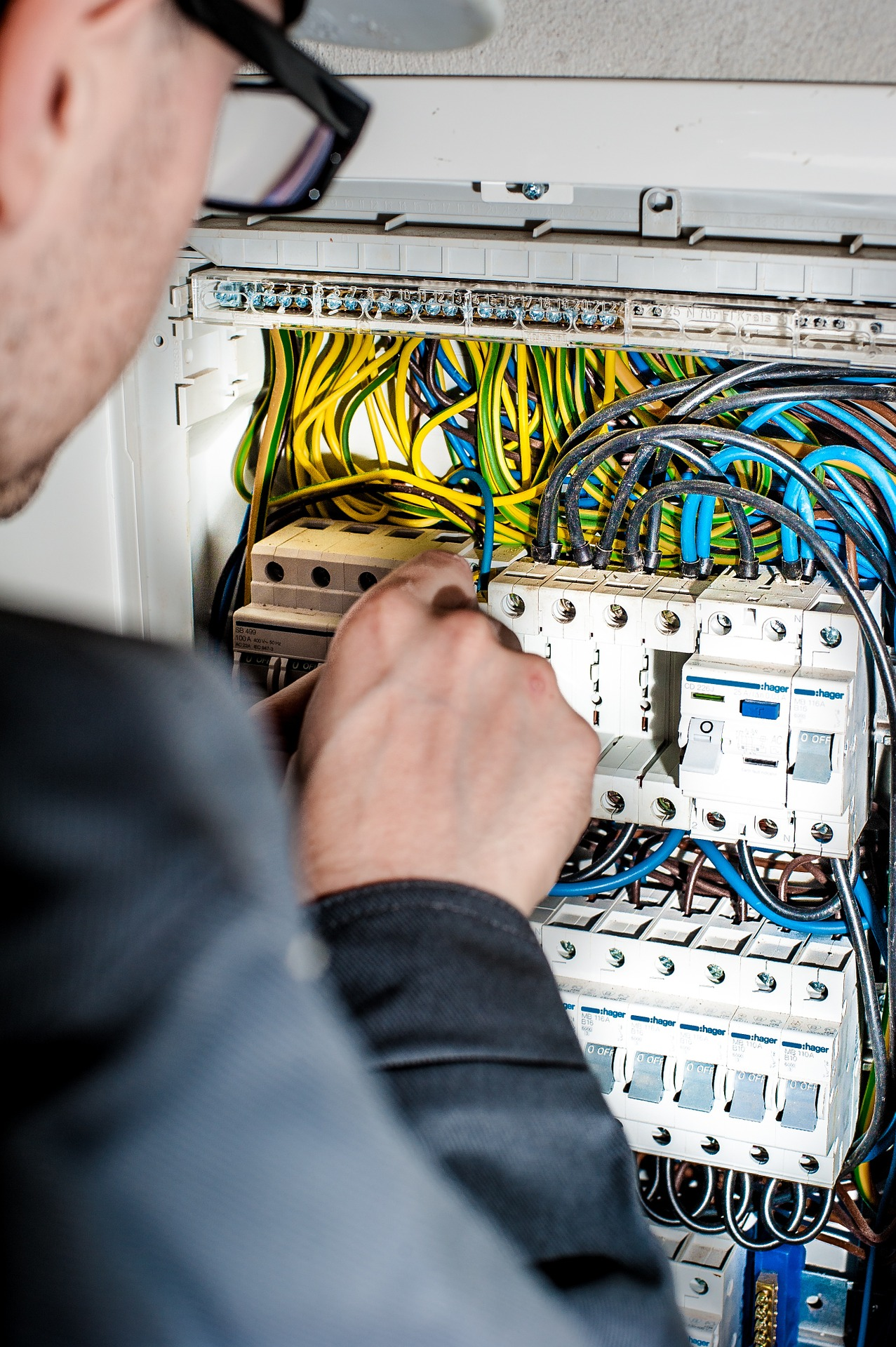 Residential, Commercial and Industrial Electricians